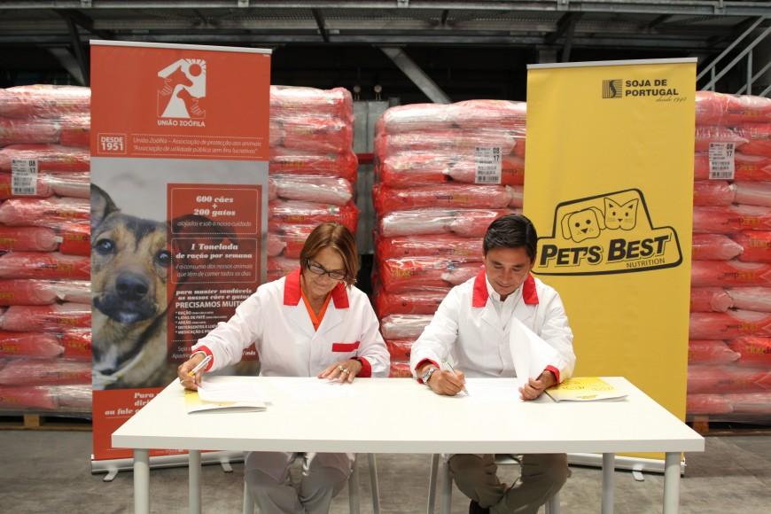 SORGAL PET FOOD formaliza protocolo com a União Zoófila para a doação de mais de 4 toneladas de ração por mês