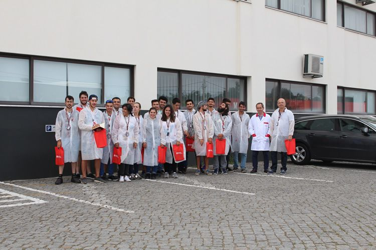 Last-year students from the Viana do Castelo Polytechnic Institute visit SORGAL